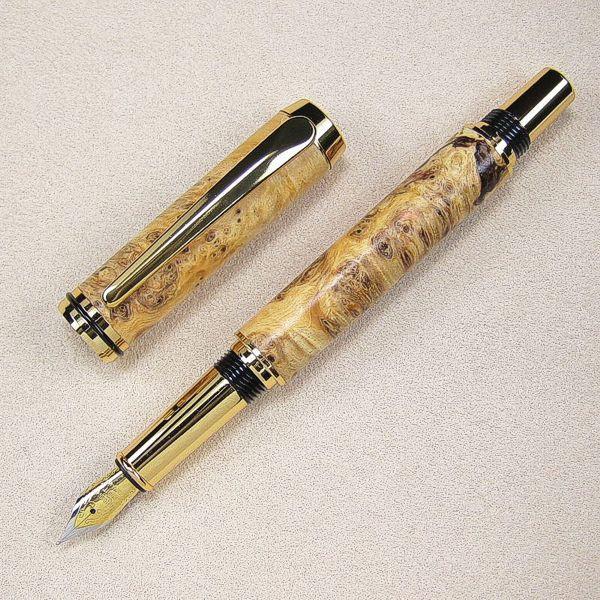 Premium Füller goldfarben, Kappe abgenommen